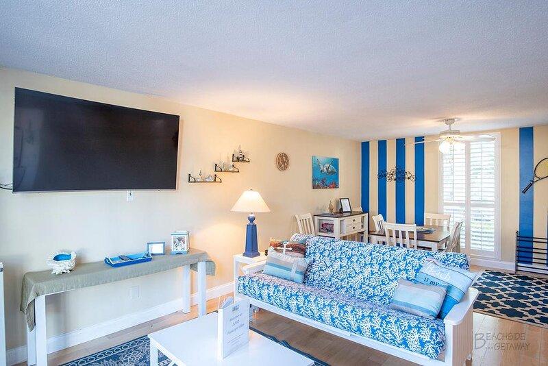 South Forest Beach Villa, Short Walk to Beach, holiday rental in Hilton Head