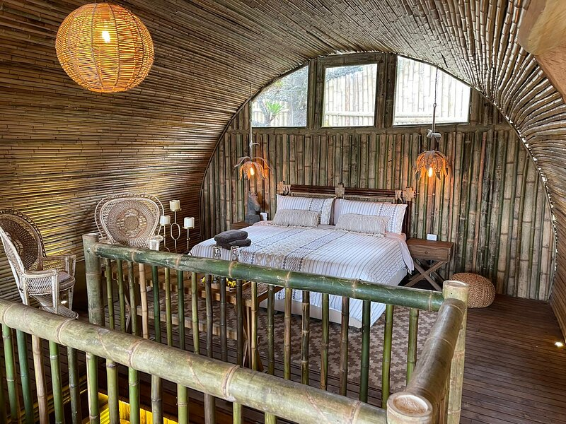 Bamboo Palace Romance, holiday rental in Rionegro
