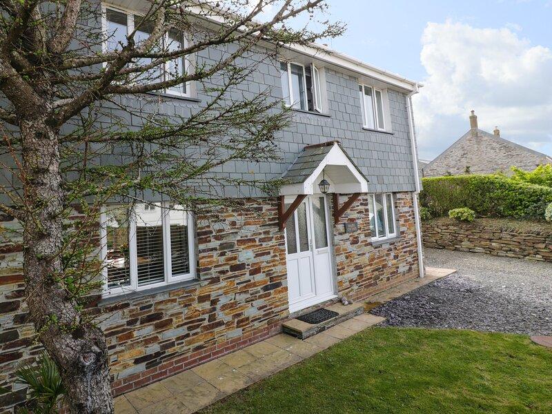 Hazel Cottage, Tintagel, holiday rental in Trebarwith