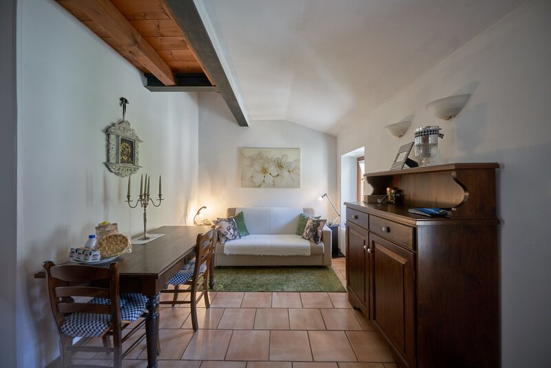 Porto Valentino, holiday rental in Sirmione