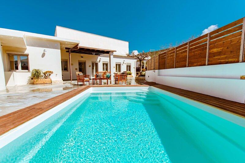 Chania Paradise Retreat - Falasarna Villa Nostalgia, holiday rental in Platanos