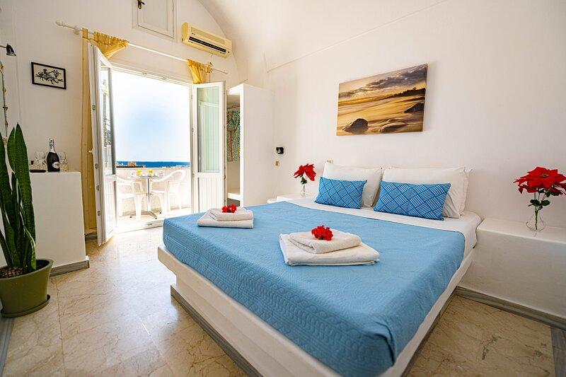 Aislin House, vacation rental in Kamari