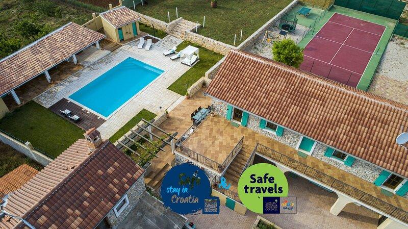 Villa Tilia, holiday rental in Nadin