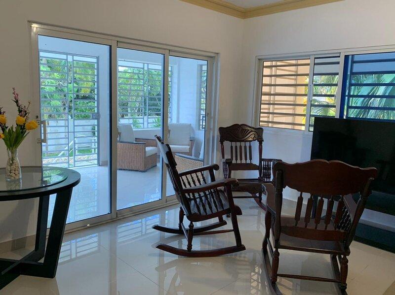 LA FINQUITA 3Hab - 10 Pax - Piscina y Jacuzzy privado, holiday rental in Cumayasa