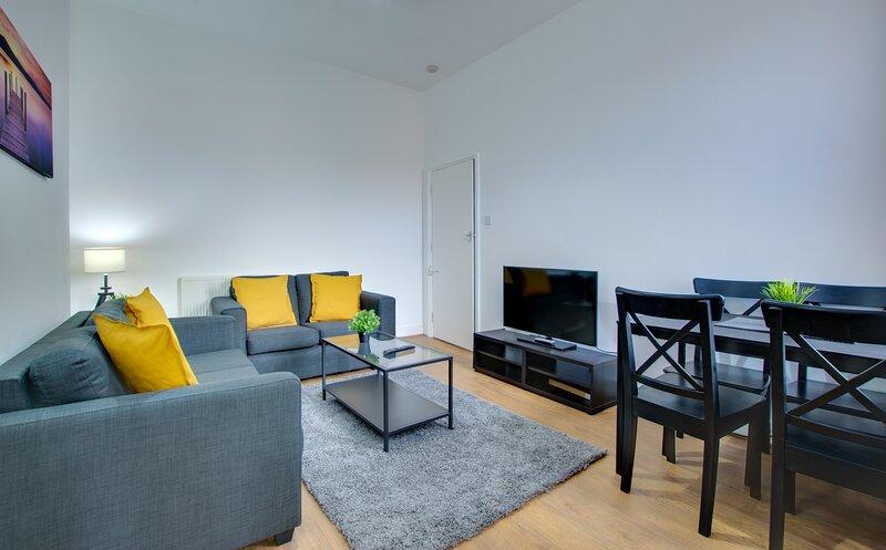 Modern First Floor Newcastle Apartment, alquiler vacacional en Gosforth