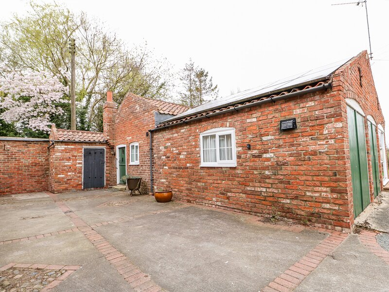 The Old Farm Cottage, Louth, holiday rental in North Somercotes