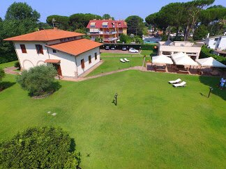 Casal del Mare - Bed and Breakfast, holiday rental in Colonia Elena