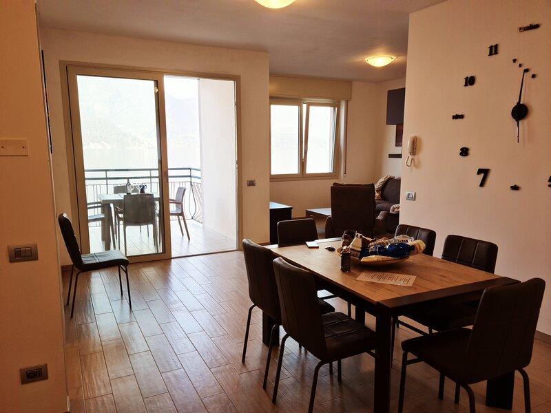 INFINITY LUXURY, holiday rental in Lezzeno