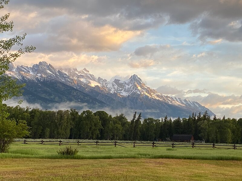 Whispers of The Wild with Front Row Teton Views, holiday rental in Moran