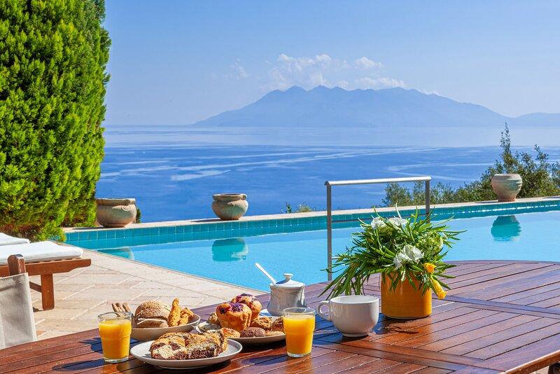 Villa Orfeas, holiday rental in Ligourio