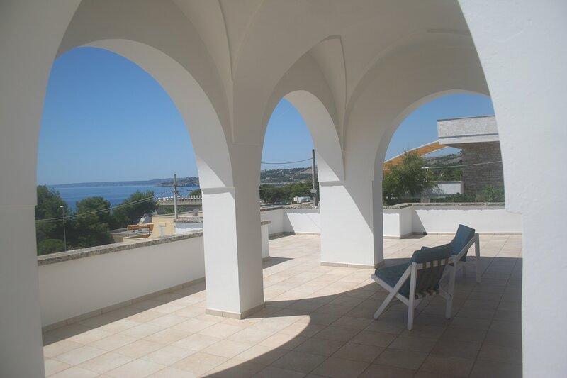 Villa Vista Mare Santa Cesarea Terme,8 Posti Letto, holiday rental in Santa Cesarea Terme