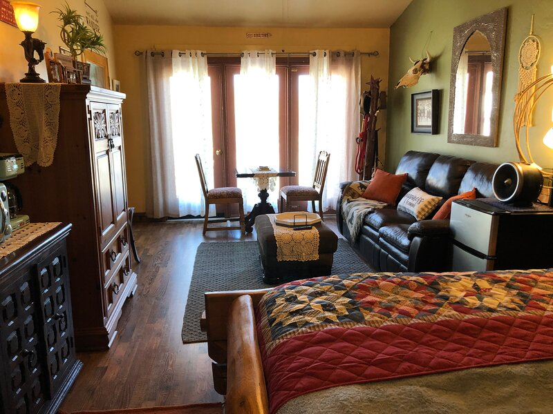 Smoke Tree Ranch Guest House, holiday rental in Borrego Springs