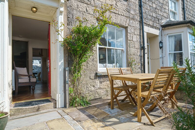 Church View Cottage - 3-Bedroom terraced cottage with views of the Church and Ri, holiday rental in New Hutton