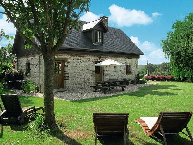 A L'Orée du Bois, vacation rental in Ganzeville