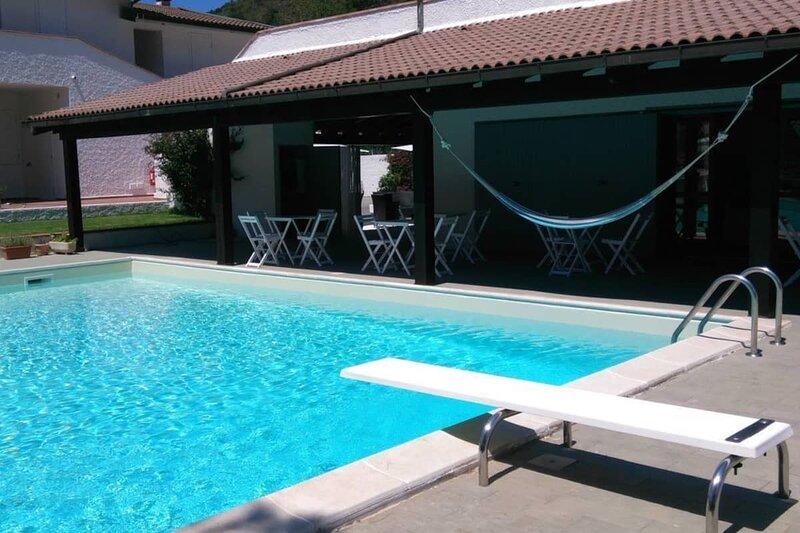 Elba Island Resort Pool & Tennis, vacation rental in Rio Nell'Elba
