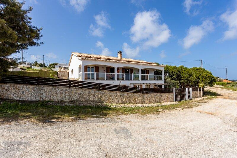 Canto da Telha - Your home away from home., holiday rental in Praia da Arrifana