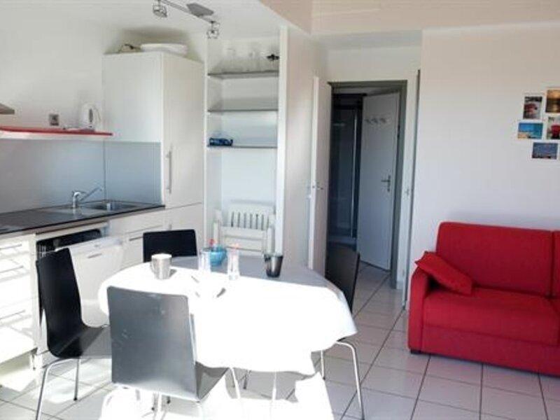 Appartement 1 chambre dans résidence de vacances avec piscine, casa vacanza a Bourgenay