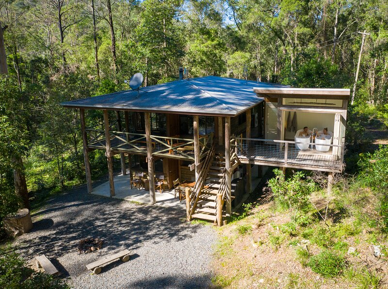 The Treehouse. Carawirry Forest Escape., holiday rental in Fosterton