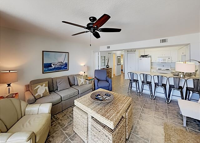 Seaside Beach & Racquet 5815, Gulf Views!, alquiler de vacaciones en Orange Beach