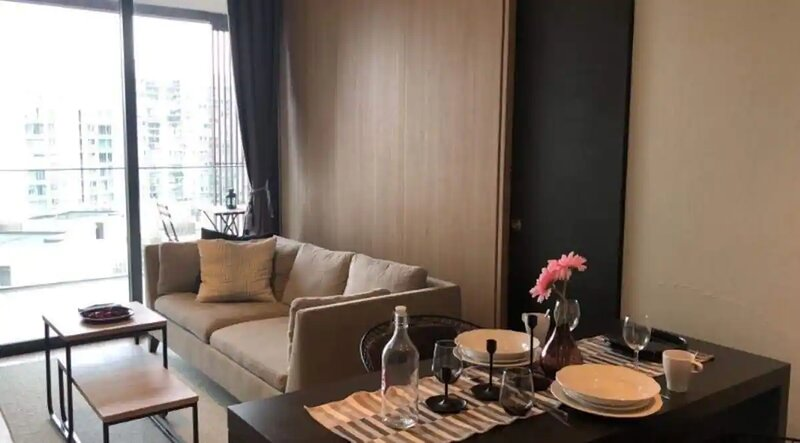 TRANQUIL AND SPACIOUS 3 BEDROOM APARTMENT AT WEST COAST VALE, holiday rental in Jurong