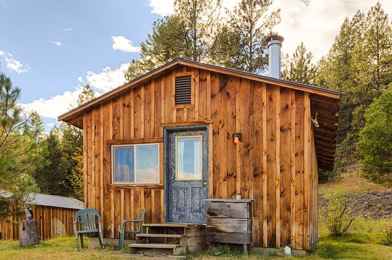Mountaineer Cabin, holiday rental in Oroville
