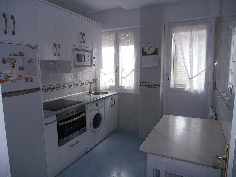 Piso en Villarcayo (Burgos) -  ARRENDAMIENTO DE TEMPORADA, holiday rental in Noceco