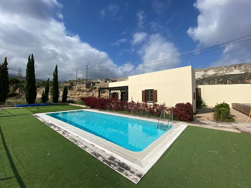 Rural house with wonderful views in Arico, holiday rental in Arico