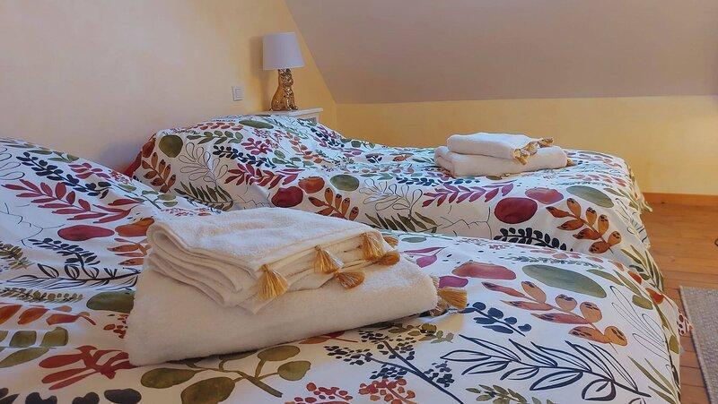 Letoile Bleue, Charmante Maison , 5 Personnes, casa vacanza a Les Perques