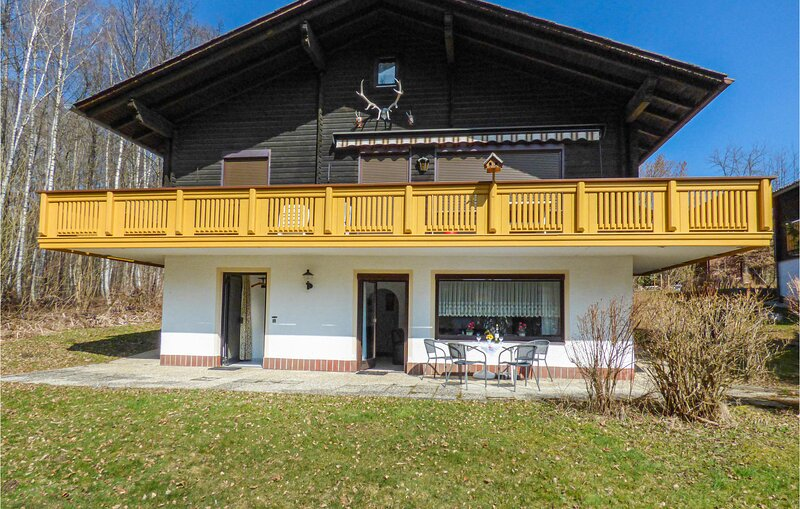 Awesome apartment in Arrach with WiFi and 2 Bedrooms (DBA267), holiday rental in Bad Koetzting