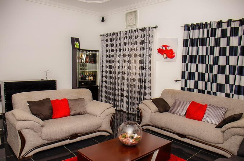 COZY PALACE, holiday rental in Teshie