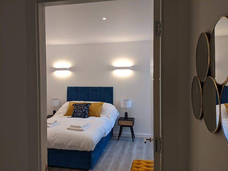 The Manor Milton Keynes Central, vacation rental in Ashton Keynes