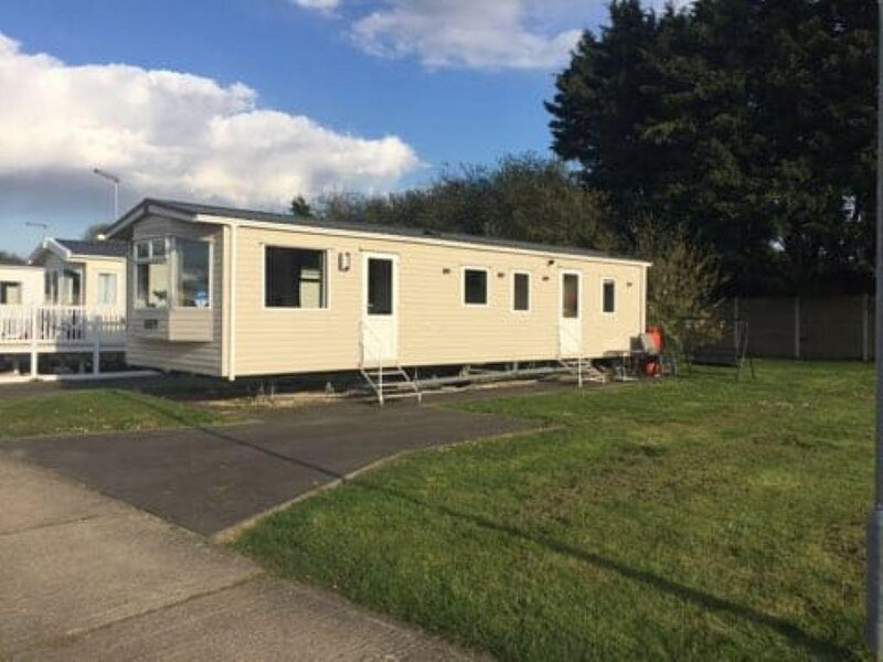 8 berth caravan at Orchards Haven in Clacton-on-Sea, Essex ref 15007O, holiday rental in West Mersea