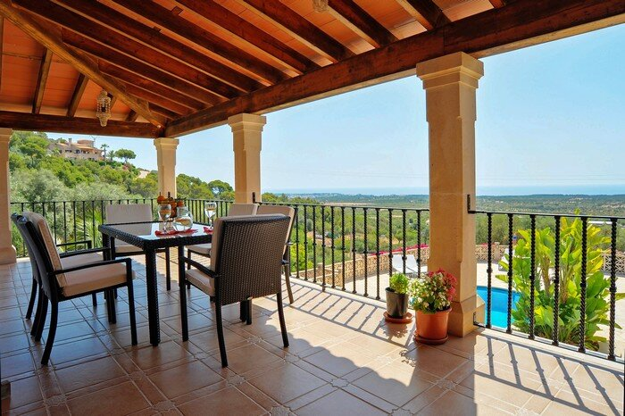 Toni i na Bel, Country house for 6 persons overlooking the sea, aluguéis de temporada em S' Horta