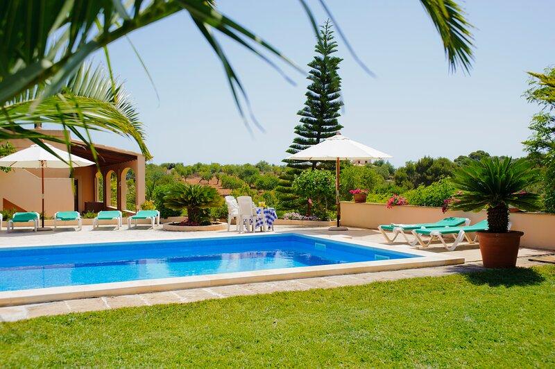 Torrent des Jai, house for 10 persons close to Cala Mondrago Natural Parc, location de vacances à Cala Mondrago