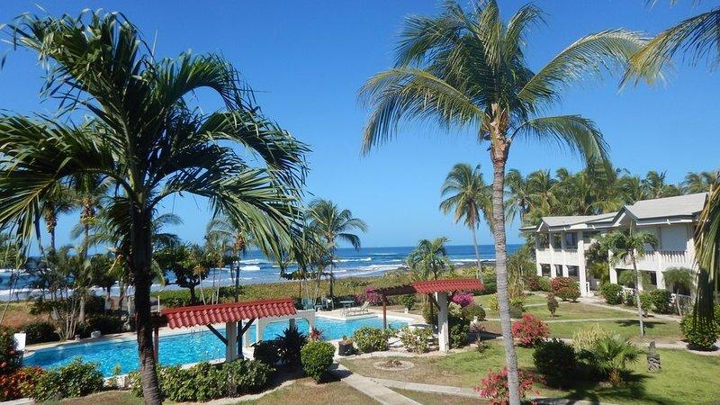 Ocean Front Ocean View Condo in Playa Junquillal Costa Rica, vakantiewoning in Marbella