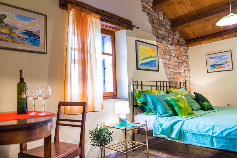 Agroturizam Bratulici - Muntic - Double Room with Free Breakfast, holiday rental in Bratulici