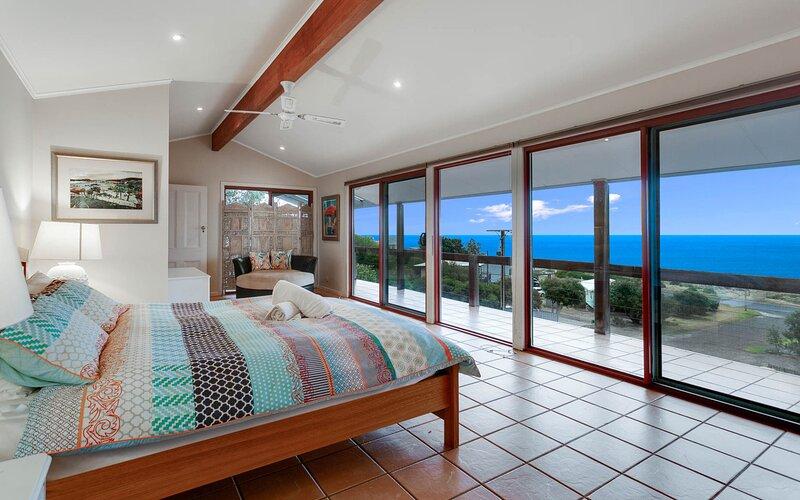 North Views Galore - 1 Gulf Close, vacation rental in Carrickalinga