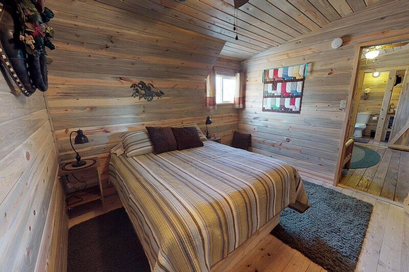 Trigger Cabin in the Barn, holiday rental in Monticello