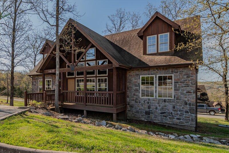 Fox Trail Lodge, alquiler de vacaciones en Reeds Spring