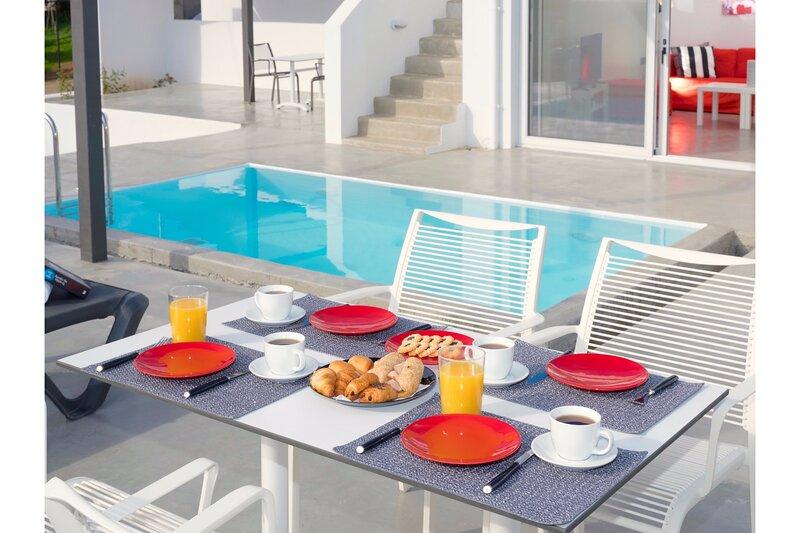 Villa Paradiso III Crete, location de vacances à Mononaftis
