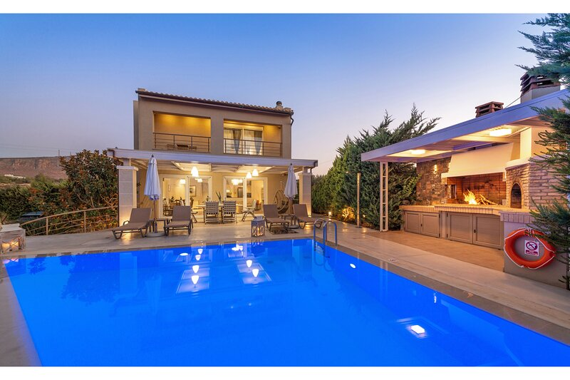 Villa Penelope Crete, holiday rental in Epano Gouves
