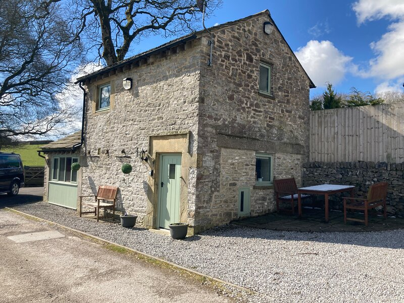 Candlemas Cottage, holiday rental in Peak District National Park