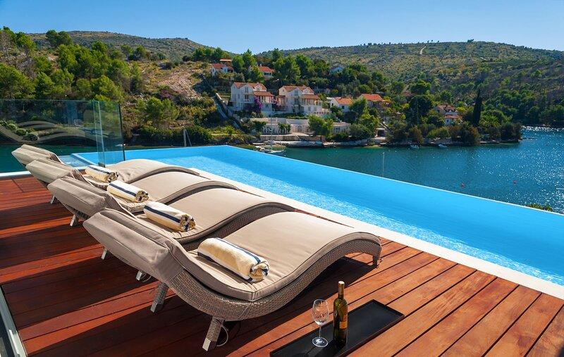Villa Deja Vu, holiday rental in Lozisce