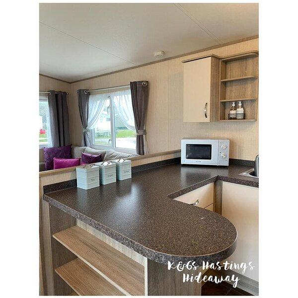 Stunning  3-Bed Caravan - Combe Haven, aluguéis de temporada em St Leonards-on-Sea