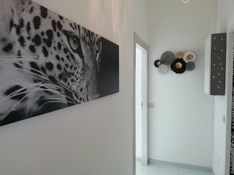 Lecco lake Como apartment  with one bedroom, vacation rental in San Fermo della Battaglia