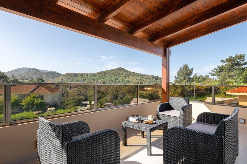Panthea Luxury Villa, holiday rental in Ialyssos