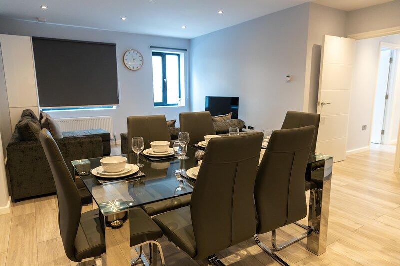 Zen Apartments London Heathrow Flat 1, vacation rental in Hounslow