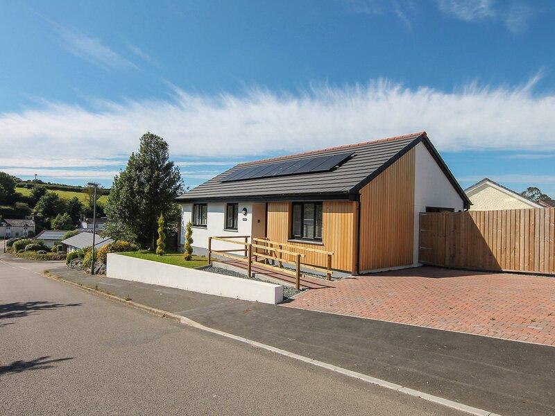 Charmilie, St Keverne, holiday rental in St Keverne