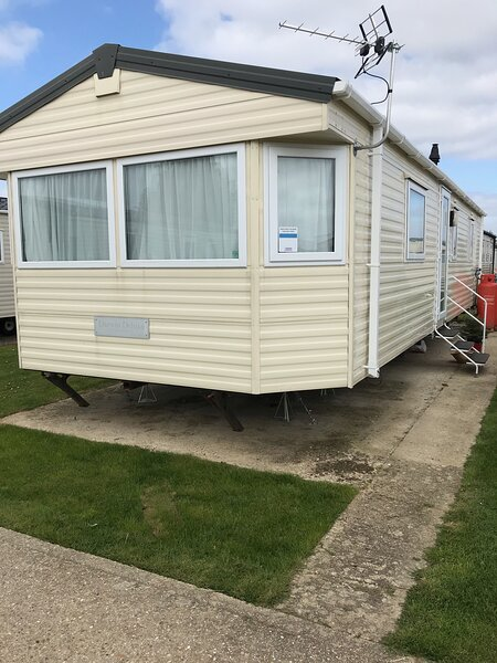 Static caravan Hayling Deluxe for hire, holiday rental in Havant