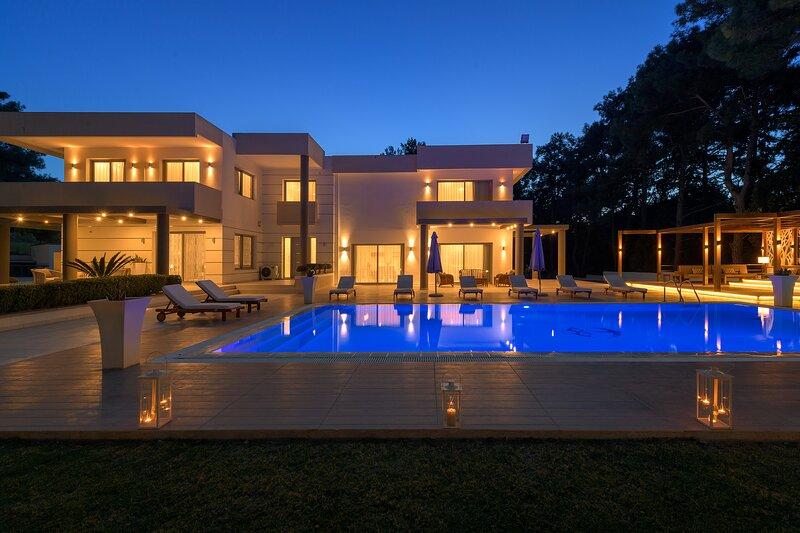 Bella Foresta Villa, Ialysos, holiday rental in Ialyssos